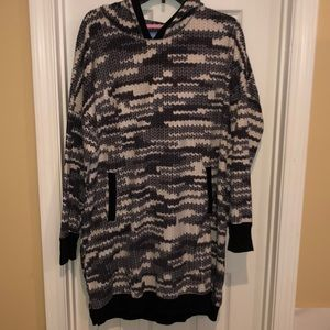Hooded soft pullover.. super long